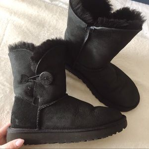 UGG Bailey Button ll Boot